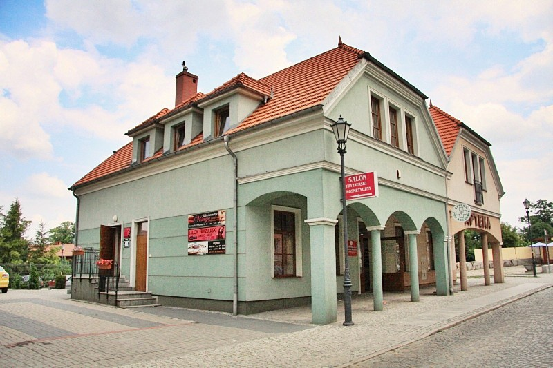 gabinet kosmetyczny Visage i solarium pionowe w Kożuchowie
